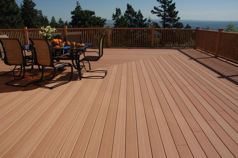 Deciding on Composite vs. Wood Decks